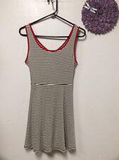 Ladies dress junior size M black red white sleeveless keyhole back ISSI 140