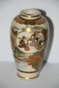 Japanische Satsuma Vase 1868-1912 Meiji 13cm