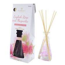 Markenlose Aroma-Produkte mit Rosen-Duft