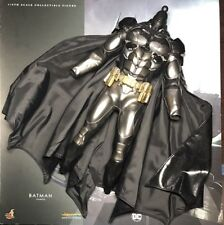 Hot Toys VGM26 Batman: Arkham Knight BATMAN Figure 1/6 Armor body Figure