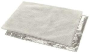 Self Heating Pet Blanket Soft Faux Fur Pad Mat Non Slip Backing Washable 90x64cm