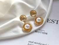 Earrings Nails Golden Two Shell Metal Cobblestone Rhinestone Pearl White DD14