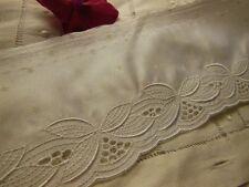 Superbe galon blanc satiné  large robe mariée au métre C1