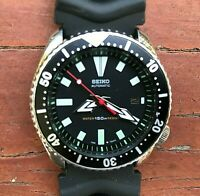 1993 Vintage SEIKO Diver 7002-7000 Automatic Black Dial Resin Band 42mm watch