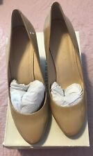Banana Republic nude Maisie patent leather wedge pumps Size 10 round toe CAREER