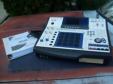 AKAI MPC4000 with 1B48P 8 output card - excellent condition with manual