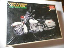 Academy Harley Davidson Police Bike Motorcycle Model 1/10 Complete Sealed Parts