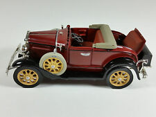 1931 Ford Roadster Model 1:32 Diecast Car National Motor Museum Mint with COA