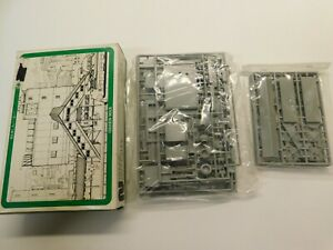 N Scale - Green Max No.30  Train Station Building Structure Kit NEW SEALED