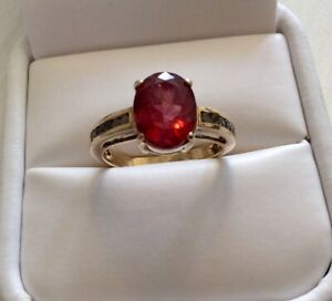 Beautiful Ladies Fully Hallmarked Solid 9CT Gold Pink Topaz & Diamond Ring - N