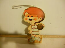1974 Chicago Bulls Plastic Kid Player Hand Radio Button Associates LTD.