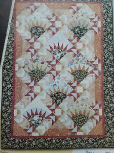 """""""Lauren's Flowers"""" quilt magazine patterns Flying Geese"""