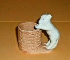 "Hornsea,  Lamb  at  Well  Posy  Vase.  ""VERY RARE""    (  815 )"