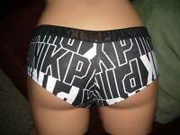 NWT VICTORIA'S SECRET SIZE SMALL EXTRA LOW-RISE BLACK COTTON CHEEKSTER PANTIES