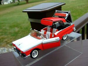Franklin Mint 1/24th Scale 1957 Ford Fairlane 500 Skyliner-PAPERWORK-VERY NICE-