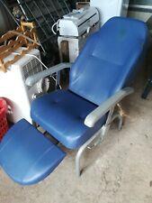 sedia poltrona riposo colore blu marca vermeiren anziani disabili ottimo stato