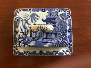 WILLOW PATTERN BUTTER DISH WITH LID - Burleigh Ware, Burslem  England