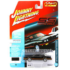 JOHNNY LIGHTNING JLCP7106 A 1987 CHEVROLET MONTE CARLO AEROCOUPE 1/64 BLACK