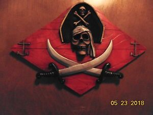 pirate cross swords plaque