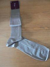 Nuevo con etiquetas: Algodón Largo inquilino, Para Hombre Calcetines, bronceado, tamaño L (UK 10 - 12), Box Conjunto de 5