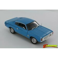*New In Box* Valiant Charger Xl Vj Series 1:32 - Super Blue