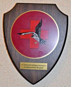 Dutch 11 Geneeskundigecompagnie Luchtmobile Brigade plaque shield gedenkplaat