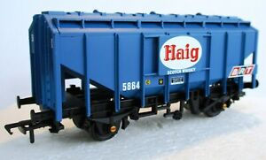Bachmann 30-047 35 Ton Bulk Grain Wagon 5864 Haig Scotch Whisky Blue ExSet T48 P