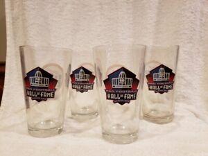 BEAUTIFUL Set 0f 4 Canton Pro Football Hall of Fame Miller Lite Pint Glasses!!