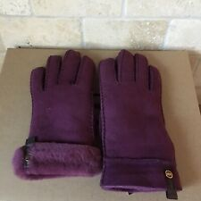 UGG TENNEY ASTM PORT SUEDE SHEEPSKIN CUFF WINTER GLOVES SIZE M MEDIUM WOMENS