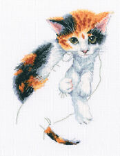Counted Cross Stitch Kit RTO M819 - Warmth in palms