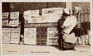 London Life. The News Vendor # 7 by Beagles. Narrow Margins.