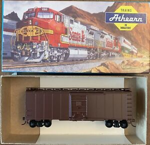 ATHEARN HO 40' STEEL BOX CAR UNDEC-FP TUSCAN-ASSEM BLUE BOX KIT-w/KNUCKLE COUP