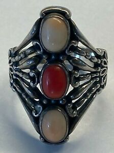 Beautiful Carolyn Pollack Relios Sterling Silver Coral 3 Stone Ring