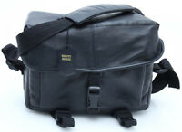 Caio Camera black leather camera bag w/padded shoulder pad strap hipster 388305