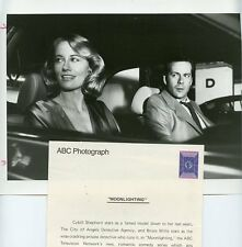 CYBILL SHEPHERD SMILING BRUCE WILLIS MOONLIGHTING ORIGINAL 1985 ABC TV PHOTO