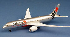 Apollo 1/400 Jetstar All Day Everyday Low Fares Boeing B787-800 Dreamliner 13031