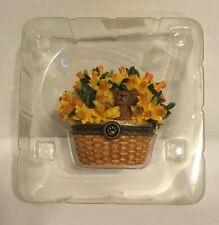 Boyds Bears & Friends Beary Blossoms Trinket Box March