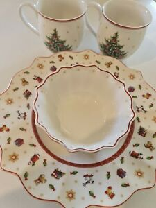 Villery & Boch Christmas Toy's Delight Serving Bowls and Mugs