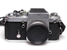 Nikon F2 cromo + cintura nivel detector