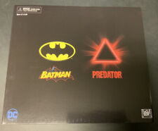 SDCC 2019 NECA EXCLUSIVE BATMAN VS PREDATOR FIGURE SET RARE MINT IN BOX NEW