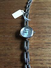 Reloj de mujer pequeño de Playboy W130f