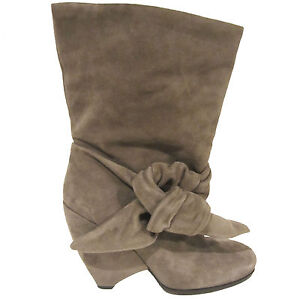 Marc by Marc Jacobs ankle boots sz 39.5 EU 9.5 US gray suede cutout wedge heel
