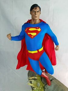 Sideshow Collectibles 1/4 Scale Superman Christopher Reeve Statue- Exclusive
