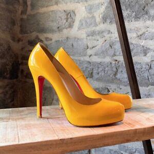 Christian Louboutin Yellow Rolando Patent Heels- size 9 US - 39 IT
