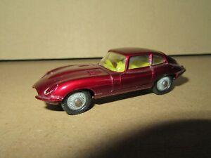 119Q 1969'S Husky No 71 England Jaguar Type E 2+2 Wine Red Tires Black 1:64