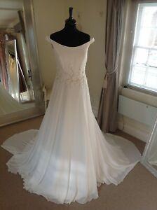 Wedding Dress by Justin Alexander Style 88092