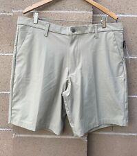 Swiss Tech 10-Inch Golf Mens Shorts Size 40 Khaki Zip Closure Flat Front Stretch