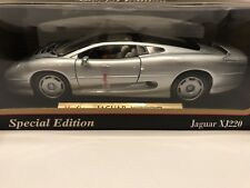 Maisto Special Edition Silver Jaguar XJ220 (1992) 1:18 Scale Factory Sealed NEW