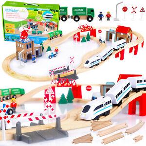 Holzeisenbahn Eisenbahn Kinder Zug Spielzeug GS0010 mit Bateriebetriebene Holz