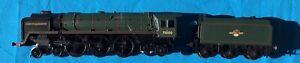 Hornby Railways HO/OO scale Steam Locomotive & Tender, Duke of Gloucester.